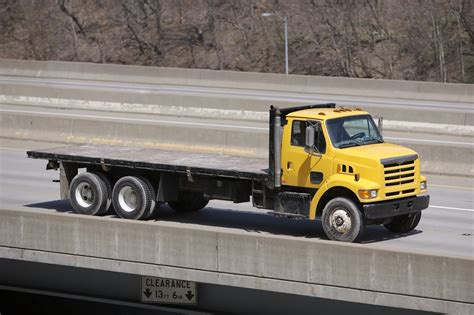 flat bed trucks flatbed truck services expediting services trucking