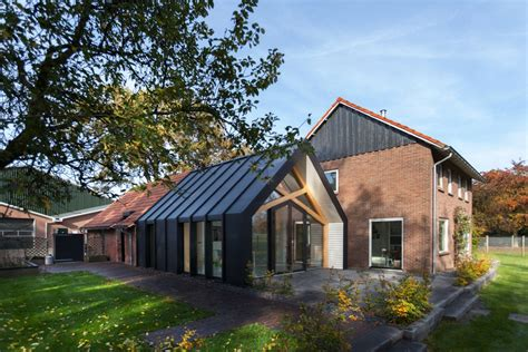old house modern renovation old farmhouse gets an uplifting renovation and extension