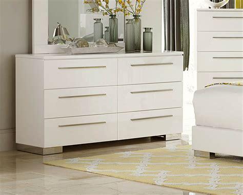 Gloss White Dresser by Homelegance Linnea Dresser High Gloss White 1811w 5