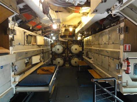 interno sottomarino interno sommergibile e toti foto di museo della scienza