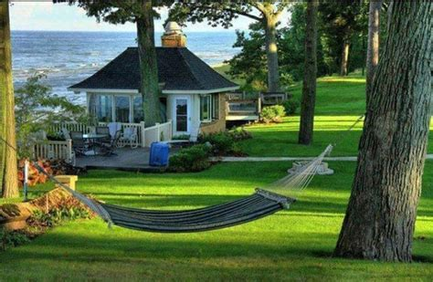cottage by the sea cabins cottages pinterest