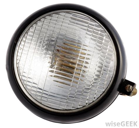 Car Headlights Types by What Are Voltage Regulators With Pictures