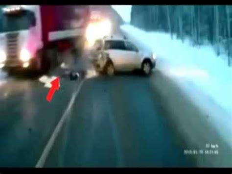 milagro se ha muerto un milagro bebe se salva en un accidente youtube