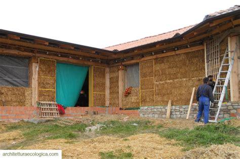 casa di paglia costruzione casa di paglia fortunago arch marini 8