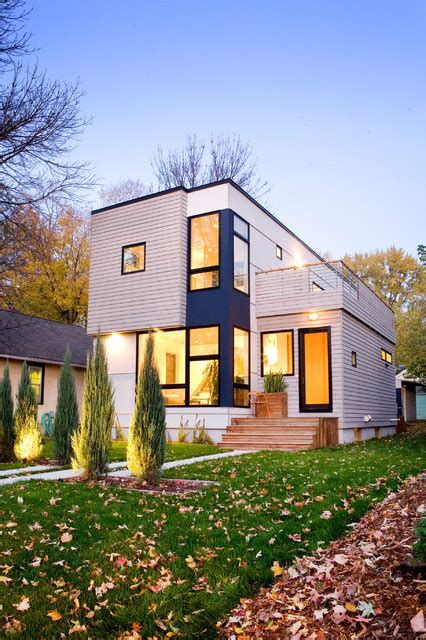 hive modular homes b line medium 003 front facade modern exterior minneapolis by hive modular llc
