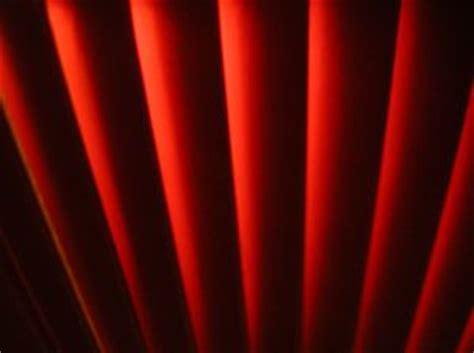 jalousien rot rot jalousien der kostenlosen fotos
