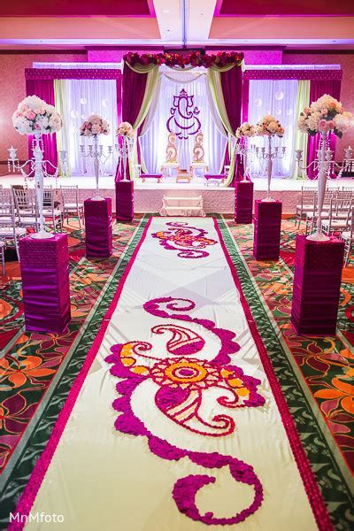 Floral & Decor http://www.maharaniweddings.com/gallery