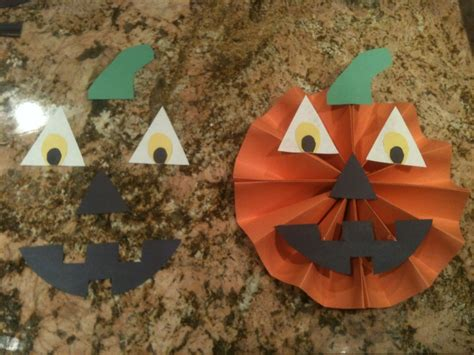 Halloween Decorations Made Of Paper Cute Easy Halloween Decorations Made From Construction