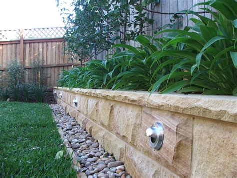 garden bed retaining wall best 10 concrete garden edging ideas on concrete landscape edging landscape