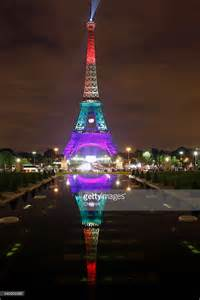 what color is the eiffel tower tribute to the orlando pulse club victims at the eiffel