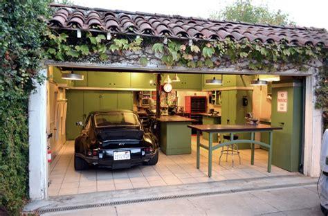 Rumah Pribadi Baru tips merancang garasi rumah pribadi qhomemart