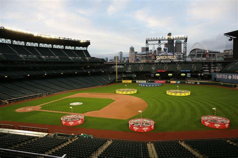 Crush Top topgolf crush brings the topgolf experience to seattle s