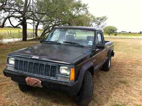 comanche jeep 4 door find used 1992 jeep comanche base edition 2