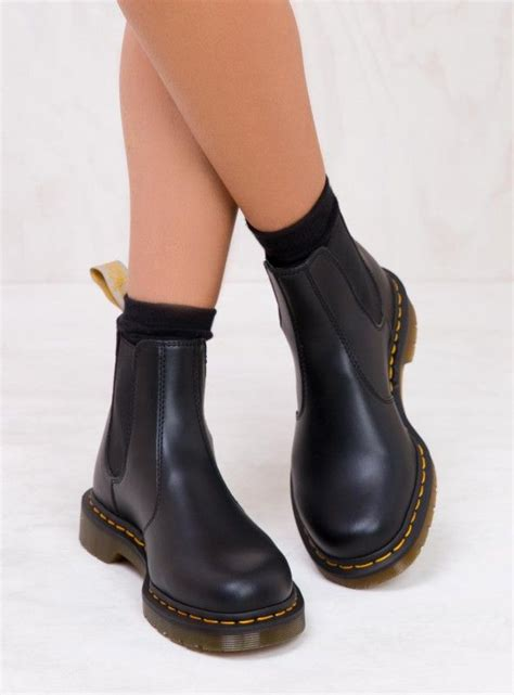 best 25 dr martens ideas on dr martens boots