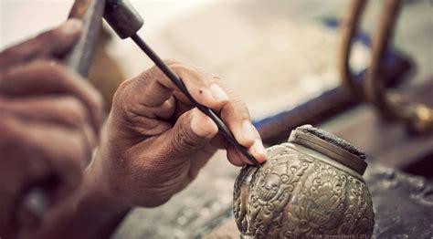 membuat kerajinan perak kg perak kotagede yogyakarta sejarah kerajinan perak