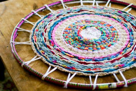 diy knit rug woven finger knitting hula hoop rug diy flax twine