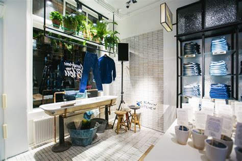 Kitchen Amsterdam by The Blauw Kitchen Amsterdam Netherlands 187 Retail Design