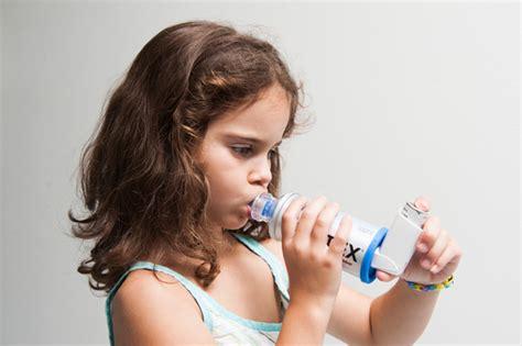 chambre d inhalation aerochamber m 233 dicament par inhalation mon enfant est malade