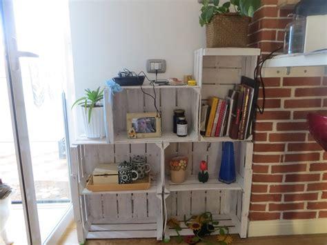 arredamento riciclato fai da te riciclo creativo da cassette della frutta a mobile