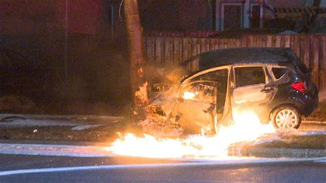 driver rescued  burning car  mississauga insaugacom