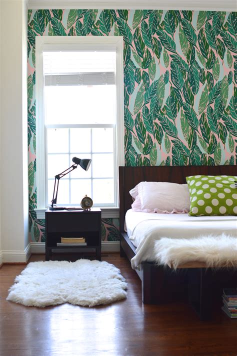 accent wallpaper bedroom design addict mom master bedroom refresh with justina
