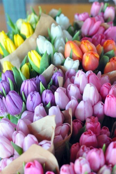 schöne tischdeko 100 tolle ideen f 252 r tischdeko mit tulpen archzine net