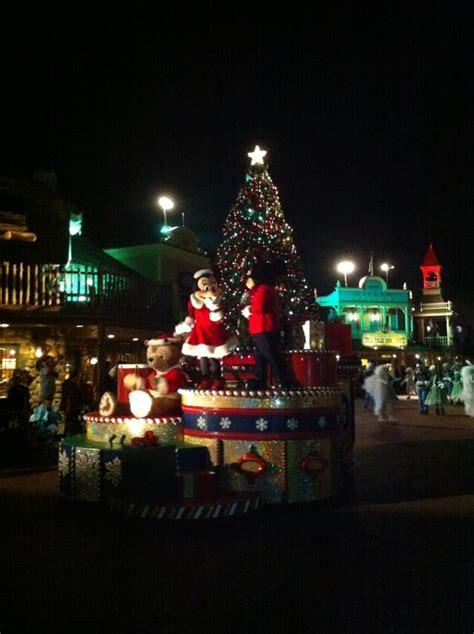 magic kingdom at walt disney world mickey s very merry