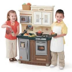 step 2 lifestyle kitchen lifestyle new traditions kitchen play kitchens step2