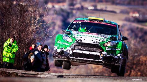 Rally Auto Tuning by Fonds D Ecran Tuning Ford Wrc Devant Vert Rallye