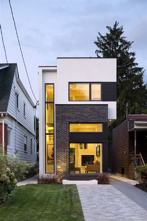 narrow homes 2018 the linear house green dot architects archdaily