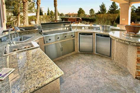 outdoor kitchen countertop ideas granite countertops for outdoor kitchen for the big family bbq sessions in the future this is