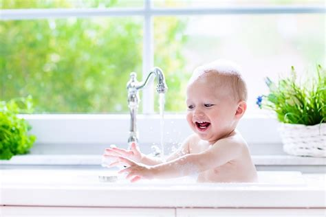 baby baden ohne badewanne baby baden wie oft ist es erlaubt und welche regeln sind