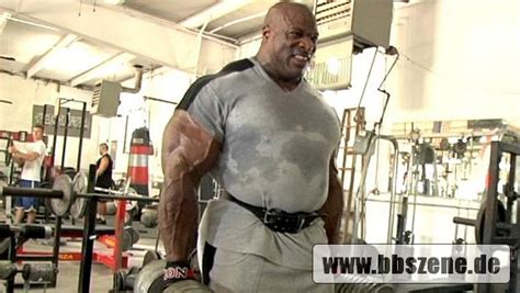 bobby lashley bench press bob sapp used to be bigger with more musclemass then any