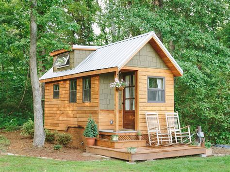 small cottages extremely tiny homes minimalistic living in style