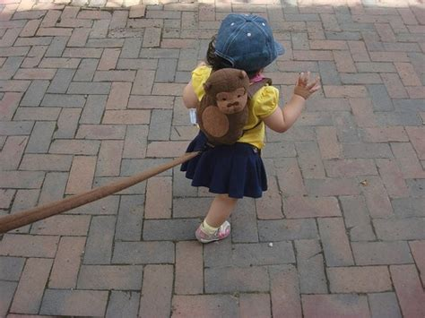7 Ways To Keep Track Of Your Child for toddlers a baby leash 7 ways to keep track of your