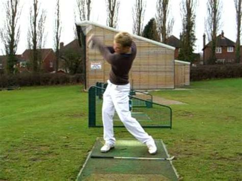 left swing left handed golf swing exle youtube