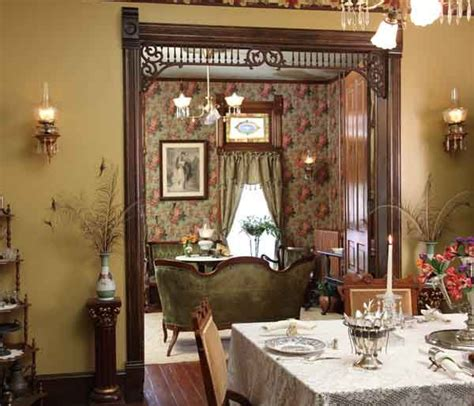 Victorian Farmhouse Style by 420 Best Images About Victorian House Interiors On
