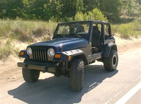 Used Jeep Wrangler 2006 Sell Used 2006 Lifted Jeep Wrangler In Muskegon Michigan