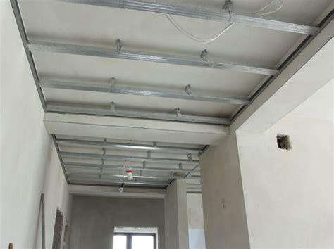 Construire Un Faux Plafond by Cloison Plafond Leroy Merlin