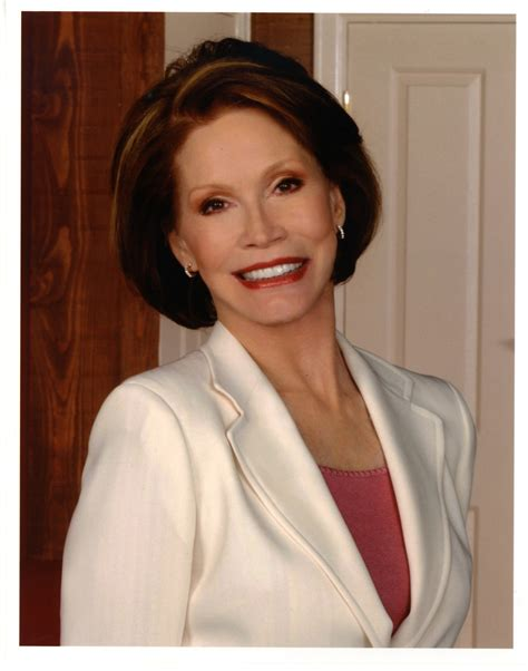 mary tyler moore nab honors seven time emmy winner mary tyler moore with