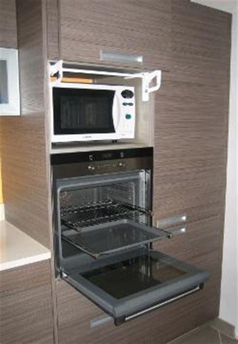 armoire four et micro onde profondeur micro onde marque generique meuble desserte microonde portes tablette