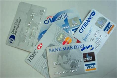 Jangan Mau Diperbudak Kartu Kredit Transaksi Kartu Kredit Jangan Mau Kena Biaya Tambahan