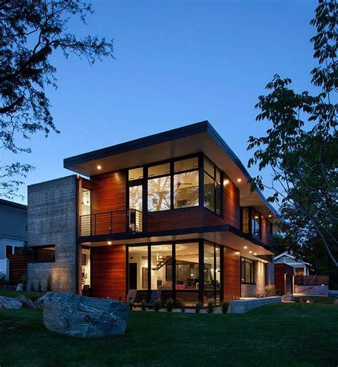 modern boulder house designed   professional athletes