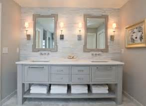 Here is an overview of our quick and easy bathroom decorating ideas