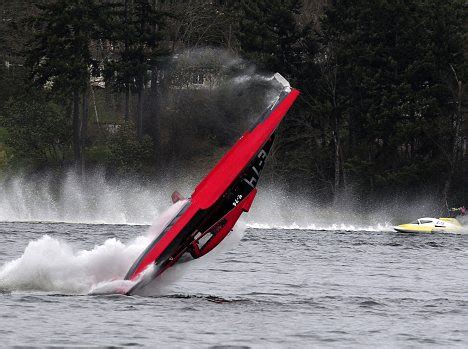 san diego speed boat races man dies in very first high speed boat race 191 in front of