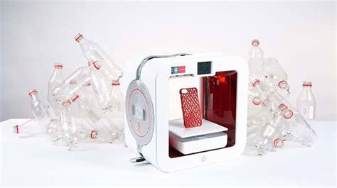 Printer 3d Plastik ekocycle 3d printer uses recycled plastic bottles as component in filament cartridges