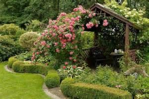 gartengestaltung rosengarten gartengestaltung wie kann den rosengarten richtig