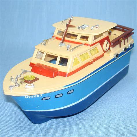 ideal boat sales cabin cruiser motor boat doela