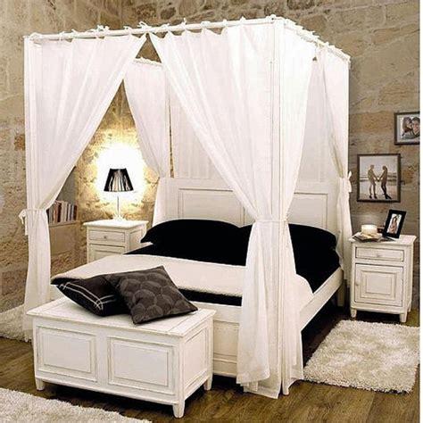 letto baldacchino legno bianco letti e testate letto provenzali e shabby chic etnico outlet