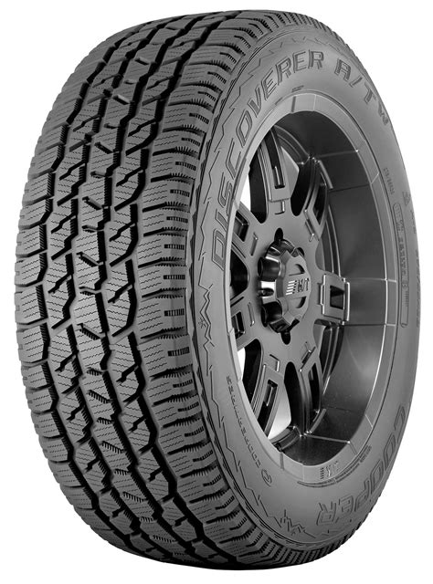 cooper light truck tires a look at the cooper discoverer a tw at lmtire wheel com